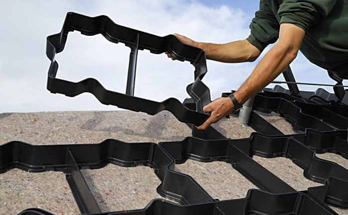 Anti Afschuif element (60 x 40 cm) Dakgroen, sedumdak, dakbeplanting.jpg