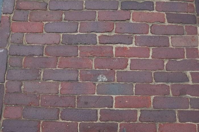 Oude hardgebakken dikformaten Den Haag, paars genuanceerd.jpg