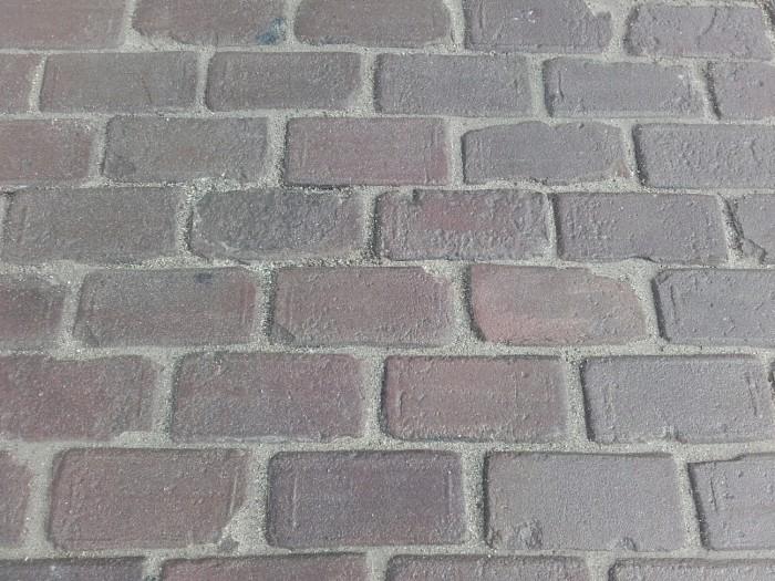 Oude hardgebakken keiformaat Brugge, paars genuanceerd (10 duimer, klinkerkei).jpg