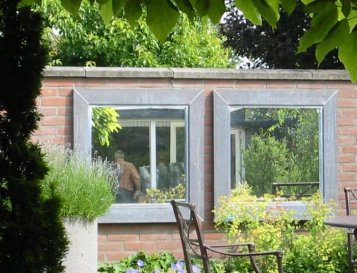 Tuinspiegel zink afmeting 75 x 75 cm met lijst van 8 cm in buitenkwaliteit 1.jpg